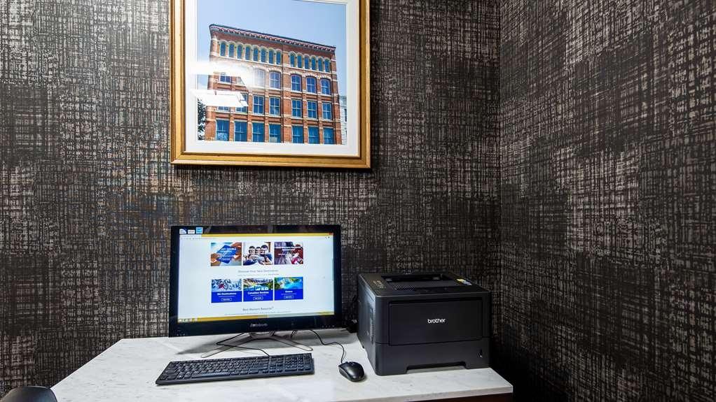 Best Western Inn & Suites - Business Center