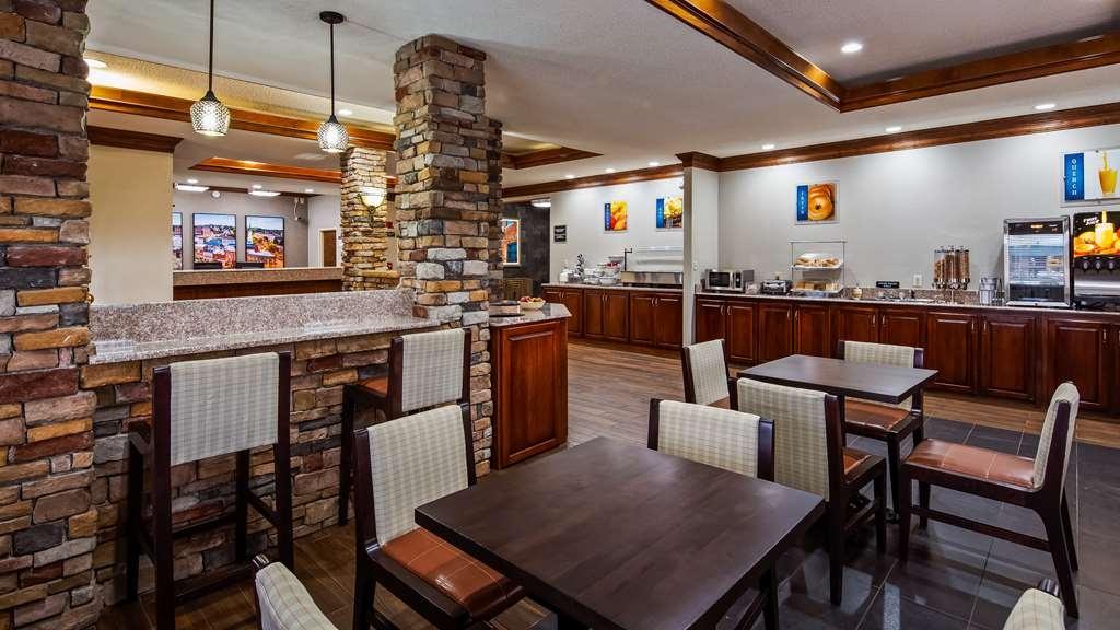 Best Western Inn & Suites - Ristorante / Strutture gastronomiche