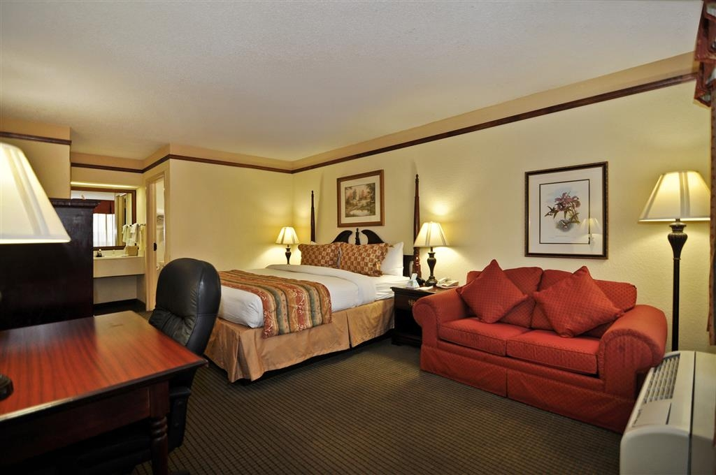 Best Western Colonial Inn - Chambre