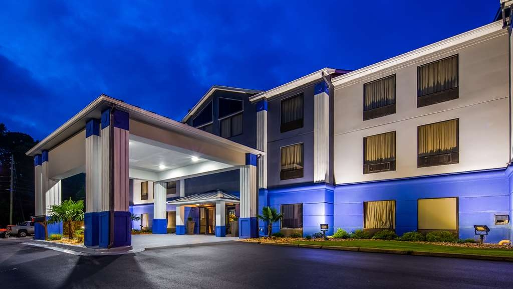 Best Western Plus McDonough Inn & Suites - Façade