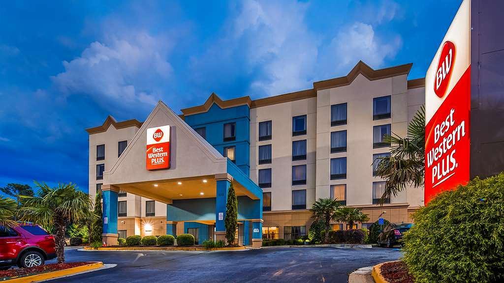 Best Western Plus Hotel & Suites Airport South - Area esterna