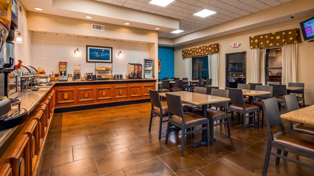 Best Western Plus Hotel & Suites Airport South - Restaurante/Comedor