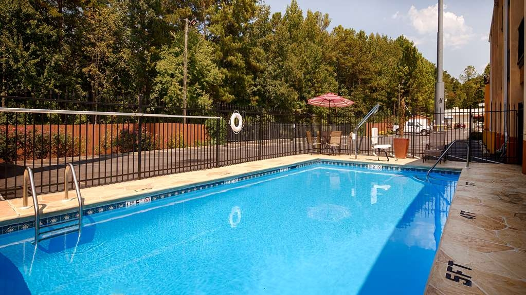 Best Western Allatoona Inn & Suites - Poolansicht