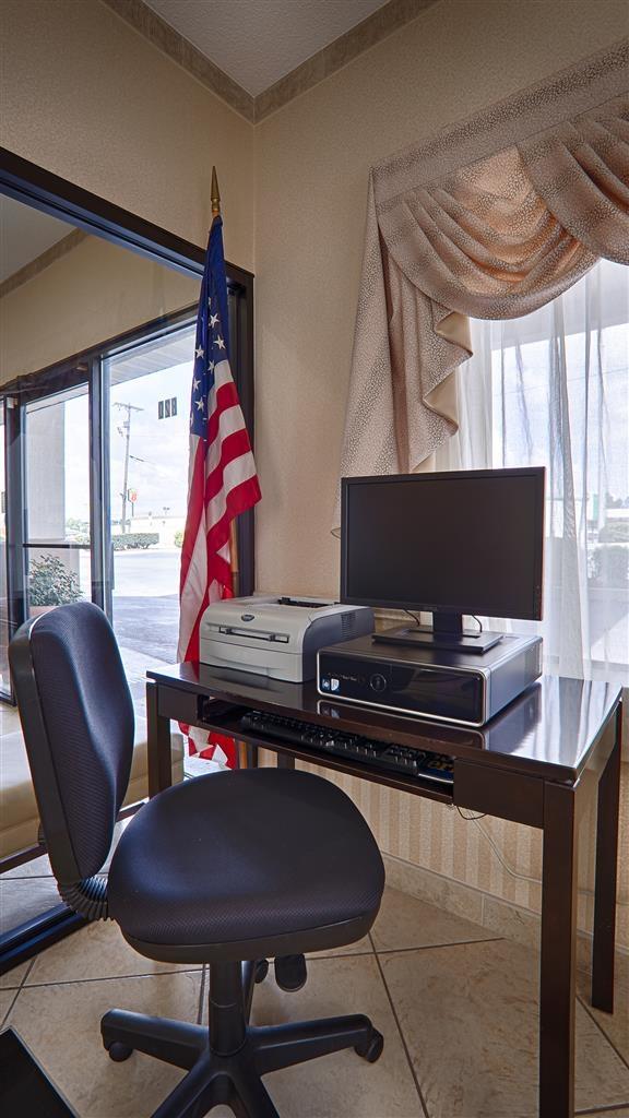 Best Western Ashburn Inn - Nuestro centro de negocios cuenta con acceso gratuito a Internet de alta velocidad e impresora.