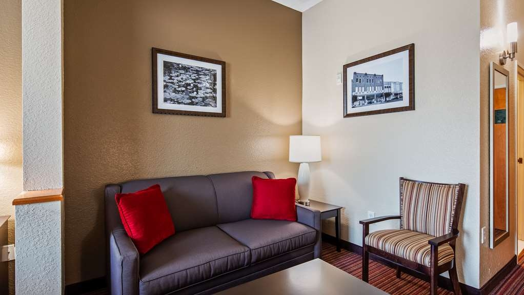 Best Western Plus Bradbury Inn & Suites - Suite