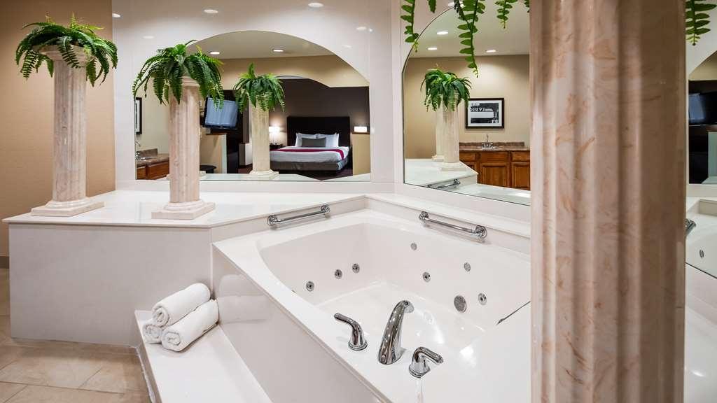 Best Western Plus Bradbury Inn & Suites - Chambres / Logements