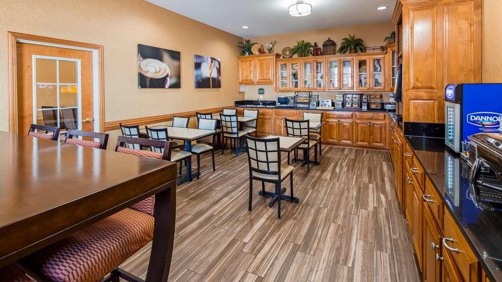 Best Western Plus Bradbury Inn & Suites - Restaurant / Etablissement gastronomique