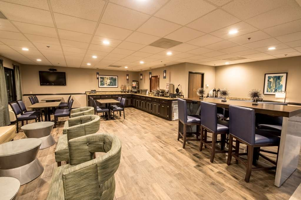 Best Western Augusta West - Rise and shine with a complimentary full hot breakfast, served each day in our newly renovated Breakfast Area!