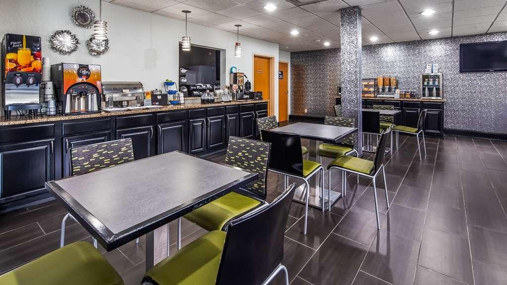 Best Western Commerce Inn - Breakfast Area