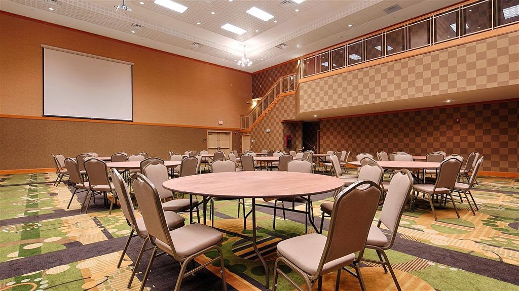 Best Western Plus Rose City Conference Center Inn - Sala meeting