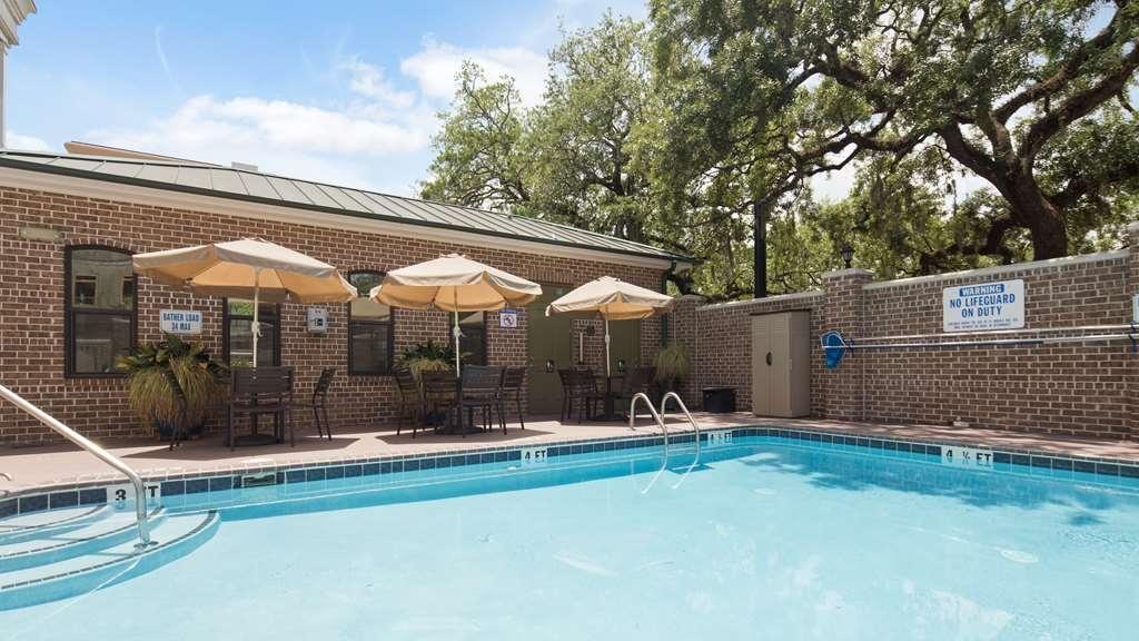 Best Western Savannah Historic District - Vue de la piscine