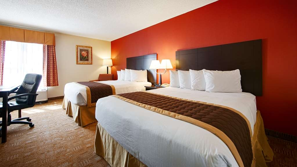 Best Western Hiram Inn & Suites - Guest room