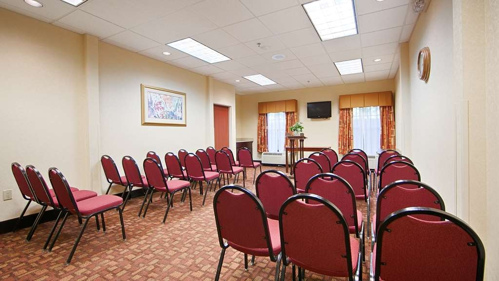 Best Western Hiram Inn & Suites - Spa