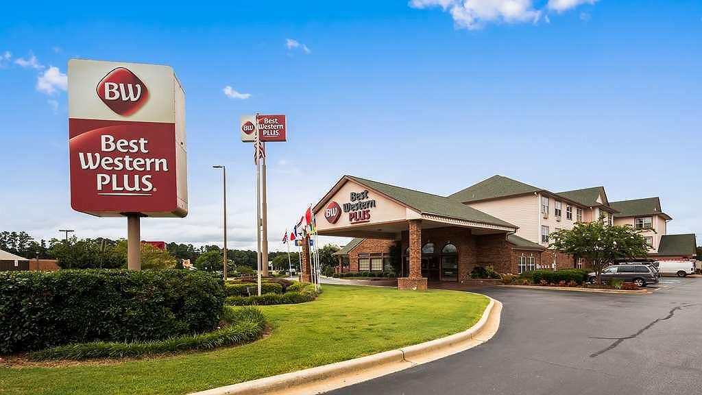 Best Western Plus Bessemer Hotel & Suites - Area esterna