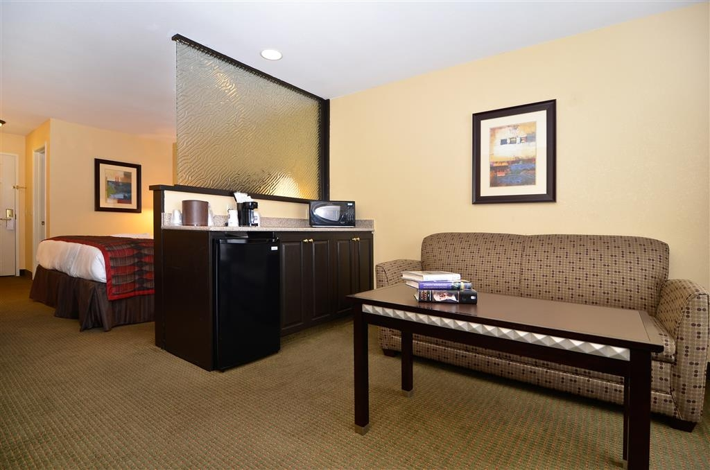 Best Western Plus Bessemer Hotel & Suites - King Suite - Our king suite is spacious and offers you a comfortable place to unwind.