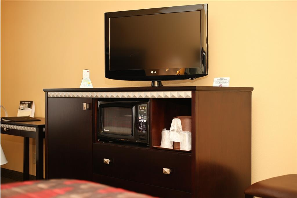 Best Western Plus Bessemer Hotel & Suites - Each room comes with the basic necessities of home, including a flat screen TV, microwave, and mini-refrigerator.