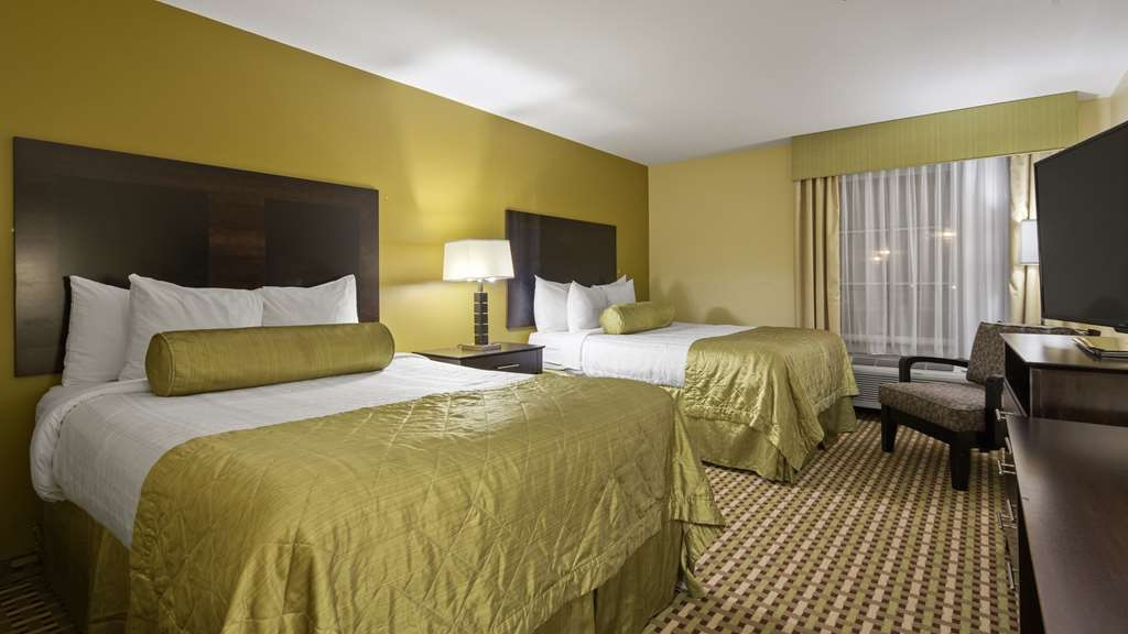 Best Western Plus Brunswick Inn & Suites - Chambres / Logements
