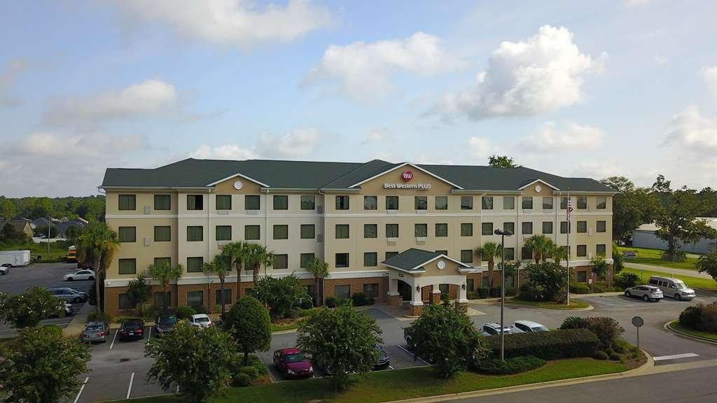 Best Western Plus Valdosta Hotel & Suites - Façade