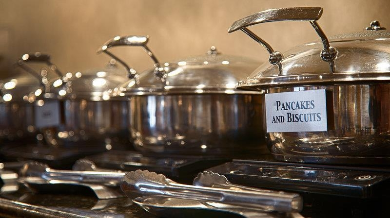Best Western Plus Valdosta Hotel & Suites - Choose from a variety of your breakfast favorites like pancakes, biscuits (and gravy), cereal, and much more.