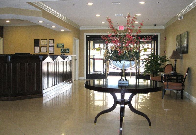 Best Western Plus Valdosta Hotel & Suites - Hall de l'hôtel