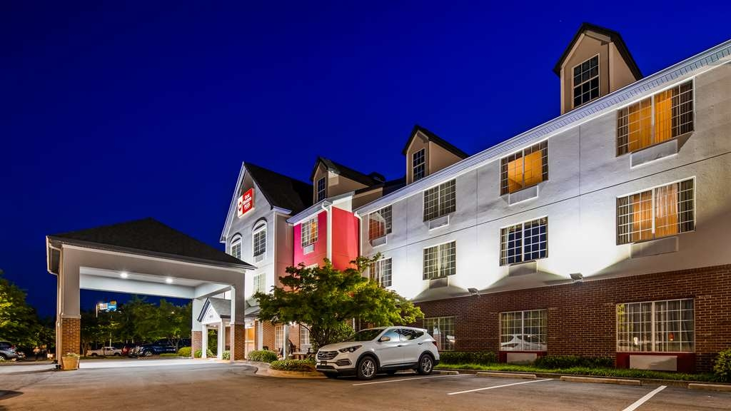 Best Western Plus Lake Lanier Gainesville Hotel & Suites - Vista Exterior