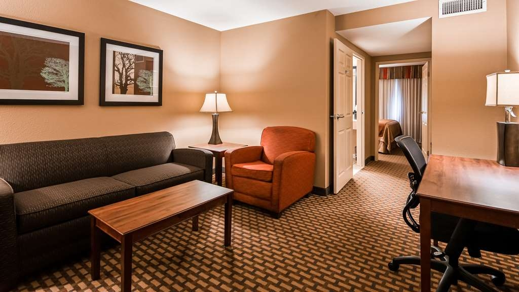 Best Western Plus Lake Lanier Gainesville Hotel & Suites - Suite