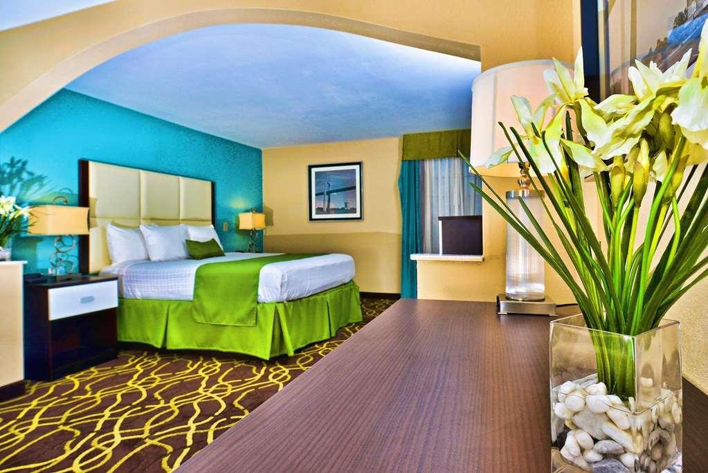 Best Western Plus Savannah Airport Inn & Suites - Suite