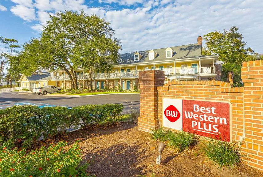 Best Western Plus St. Simons - Experience the meaning of true comfort at the Best Western Plus St. Simons