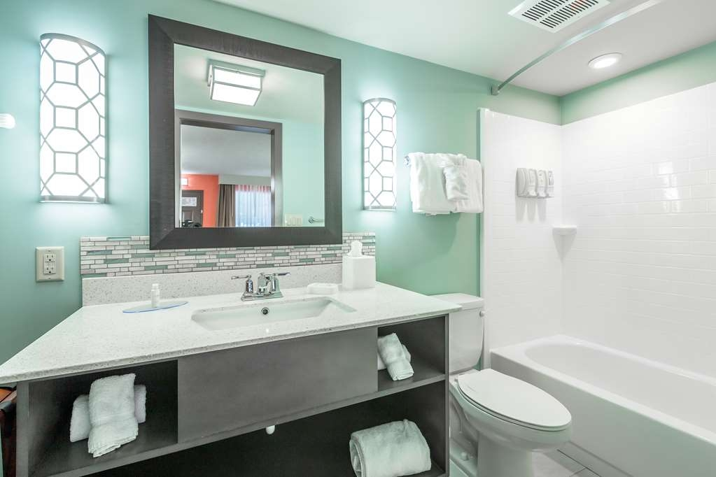 Best Western Plus St. Simons - All guest bathrooms have a large vanity with plenty of room to unpack the necessities.