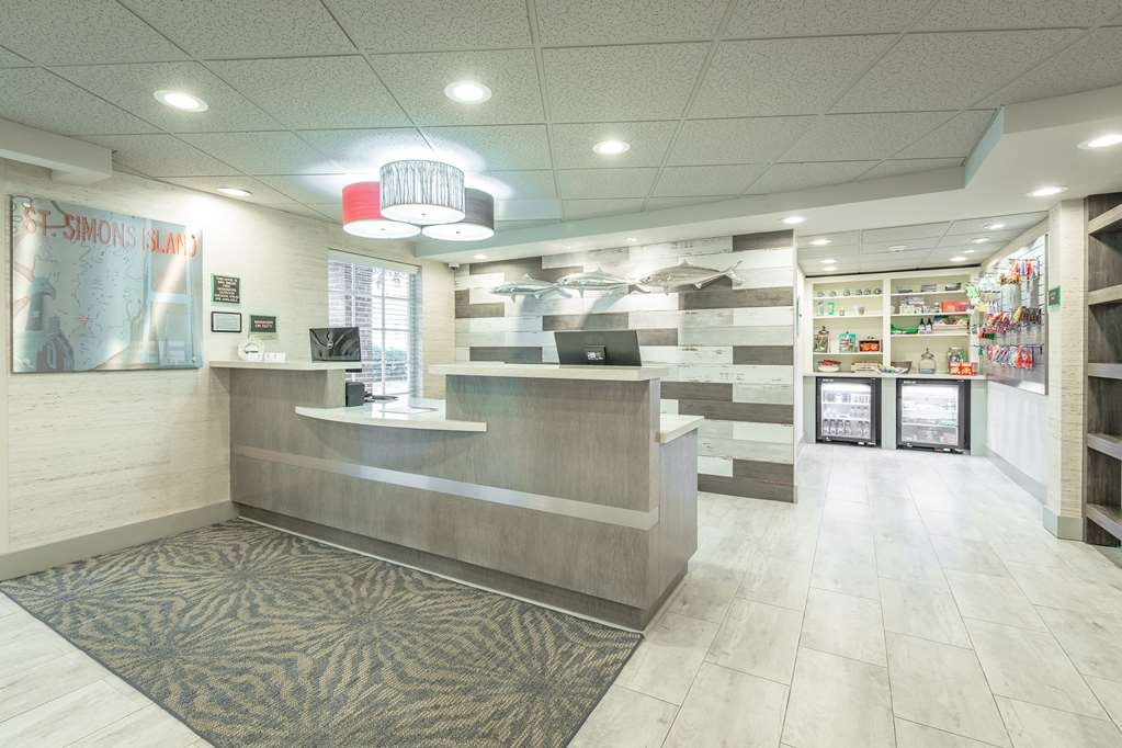 Best Western Plus St. Simons - A warm welcome waits you at the Best Western Plus.