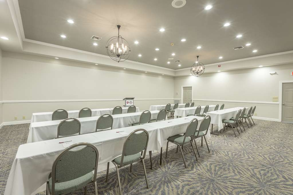 Best Western Plus St. Simons - Need to schedule a meeting for business? We have space available for you and your clients.