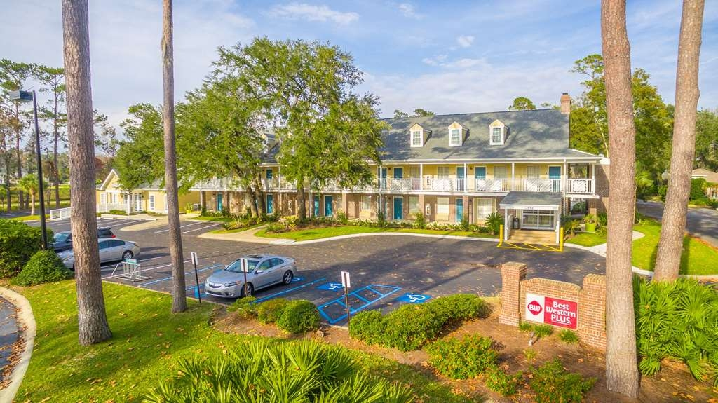 Best Western Plus St. Simons - The Best Western Plus St. Simons is your perfect spot for your next visit to St. Simons Island.