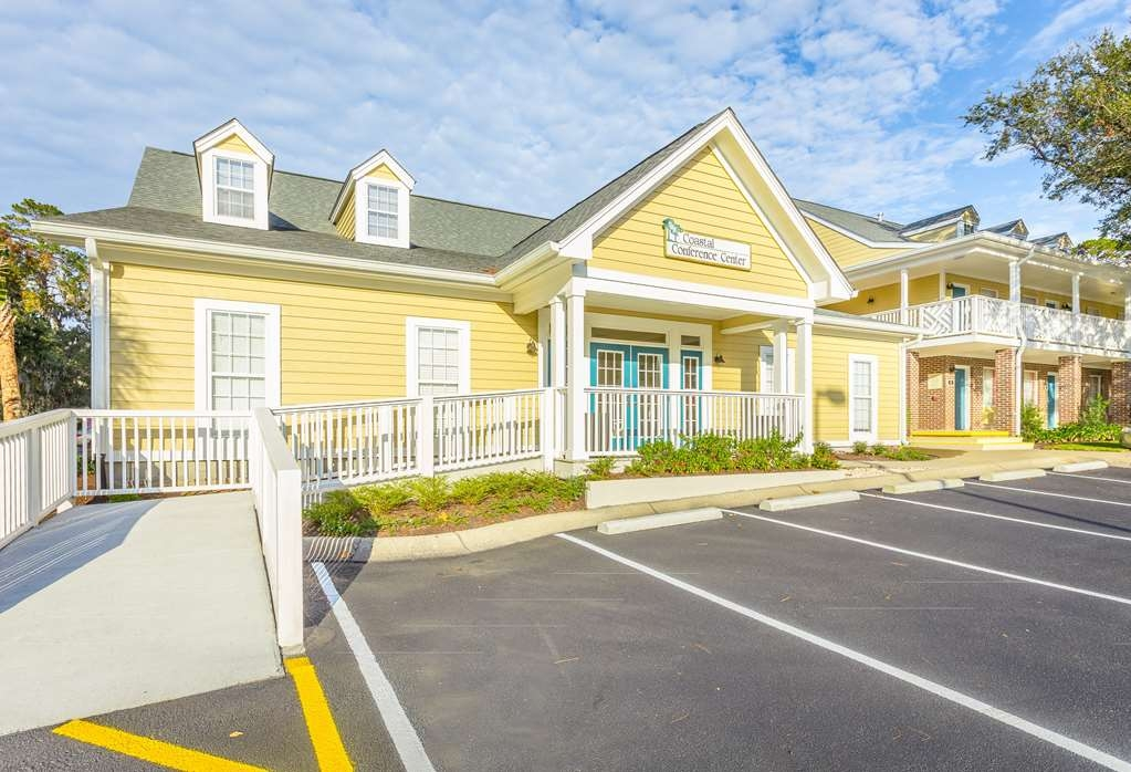 Best Western Plus St. Simons - Allow our professional staff to take care of you and your party in our Coastal Conference Center.