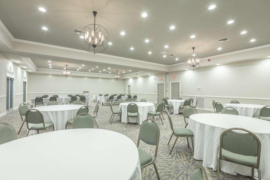 Best Western Plus St. Simons - salle de conférence