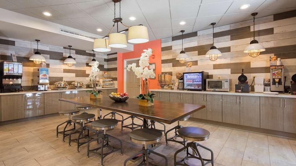 Best Western Plus St. Simons - Restaurant / Gastronomie