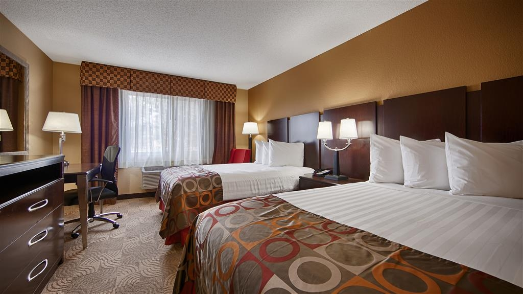 Best Western Gwinnett Center Hotel - Touring the city with a close friend? Book our convenient two double bed guest room.