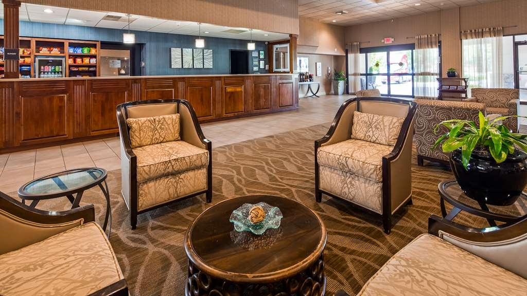 Best Western Plus Madison-Huntsville Hotel - Lobby