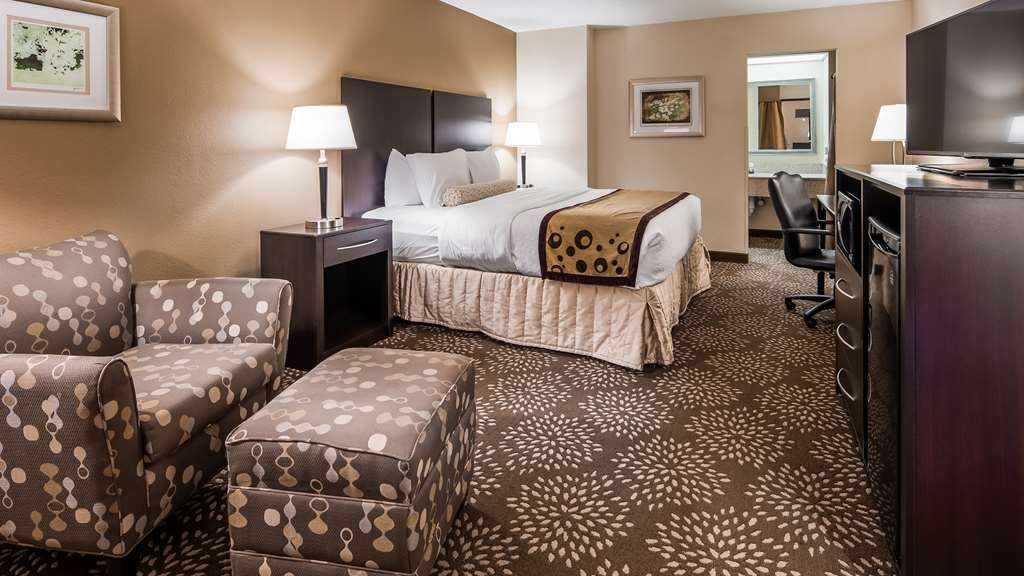 Best Western Plus Madison-Huntsville Hotel - Guest Room