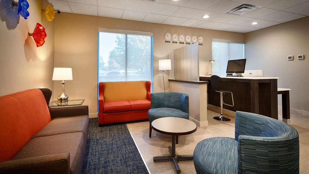Best Western Plus Roswell/Alpharetta - Stay productive during your time away from home in our business center.
