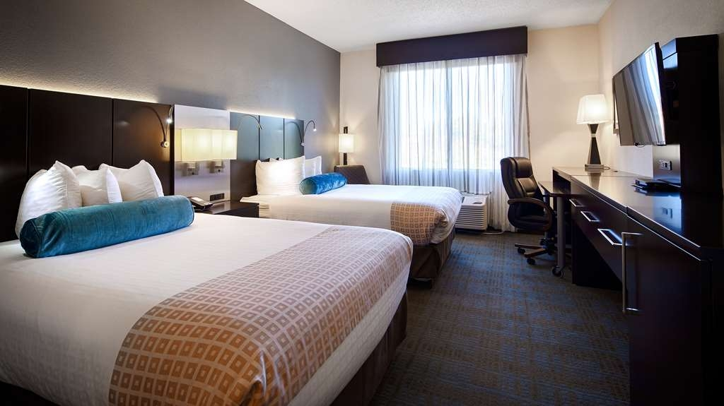 Best Western Plus Roswell/Alpharetta - Our standard Double non-smoking room offers the comforts of home with a few added amenities that will make your stay extra special.