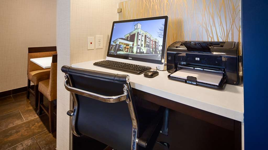 Best Western Plus Fairburn-Atlanta Southwest - Stay productive during your time away from home in our business center.
