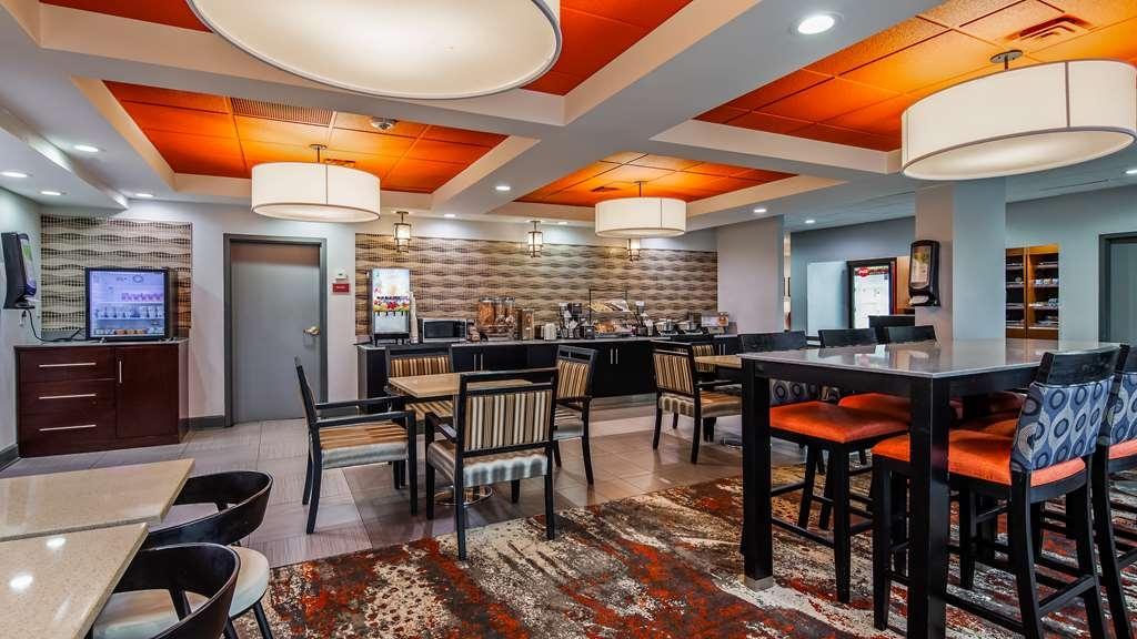 Best Western Plus Carrollton Hotel - Restaurant / Etablissement gastronomique