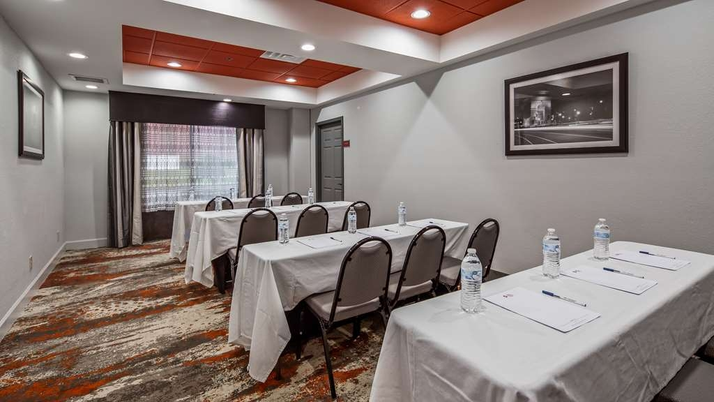Best Western Plus Carrollton Hotel - Sala de reuniones