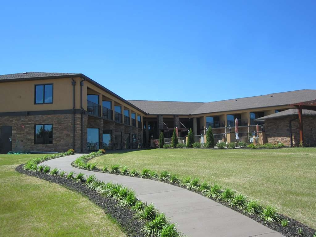 Best Western Warm Springs Hotel and Event Center - Exterior View of Hotel