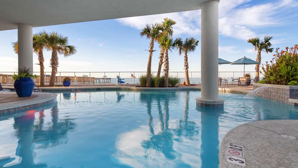 Best Western Premier The Tides - Vue de la piscine