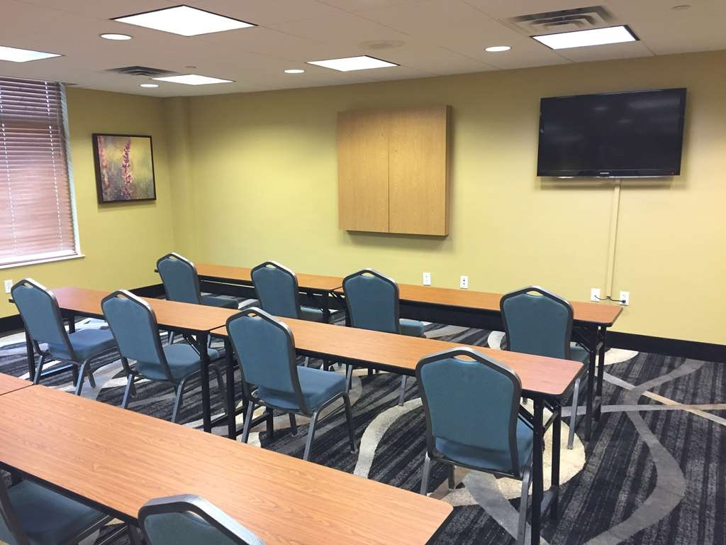 Best Western Plus Birmingham Inn & Suites - Our conference room is perfect for training classes or meetings. Give us a call today to reserve!