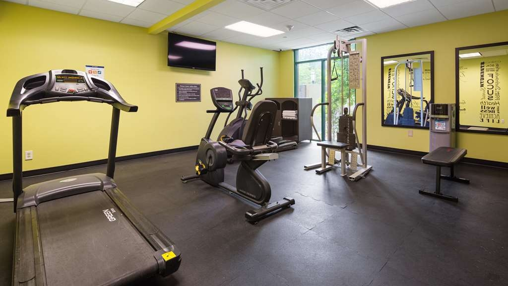 Best Western Plus Birmingham Inn & Suites - Eat a great breakfast and straight to workout at our fitness center before getting ready to head out for the day.