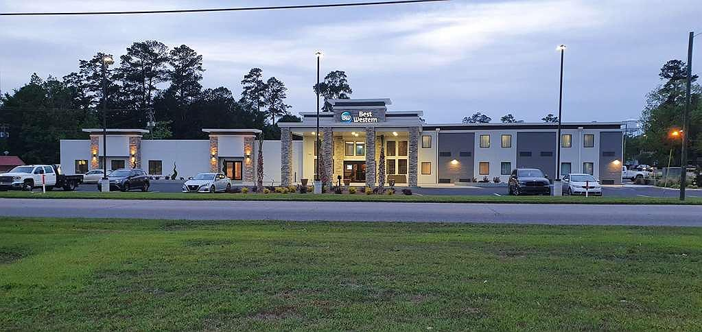 Best Western Brewton Inn - Thereu2019s no better way to experience Brewton than from the Best Western Brewton Inn.