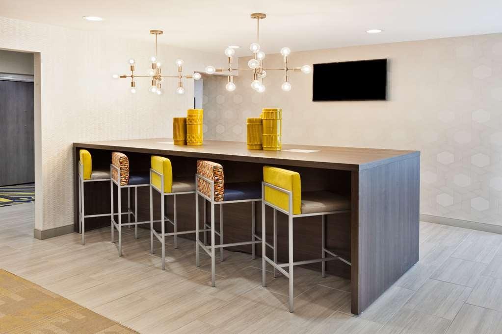 Best Western Montgomery I-85 North Hotel - Breakfast Area