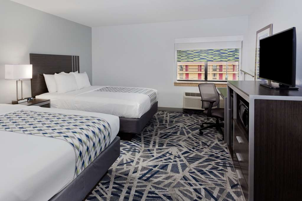 Best Western Montgomery I-85 North Hotel - Guest Room with Two Queen Size Beds